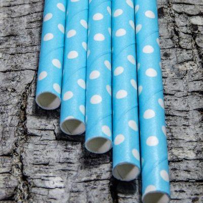 azul-cielo-punto-blanco